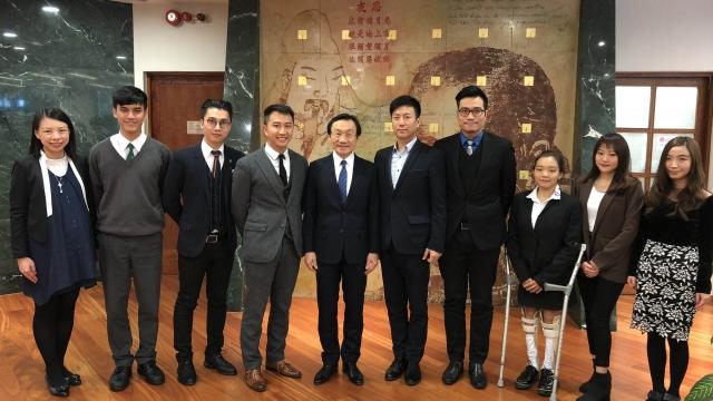 我是演講家協會拜訪譚司長