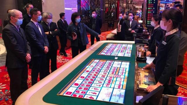 賭檯人多聚集收投訴 若發現禁落注籲離開