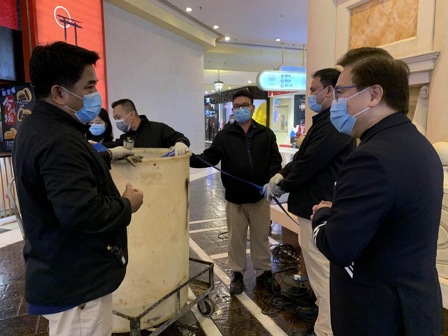 金沙中國有限公司總裁王英偉博士與一眾高級管理層為各團隊防疫抗疫打氣.jpg
