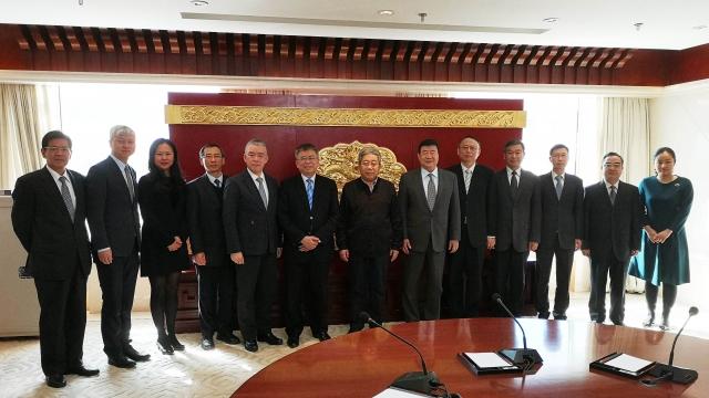 澳科大管理層拜訪國家教育部 獲陳寶生部長讚揚冀揚名世界
