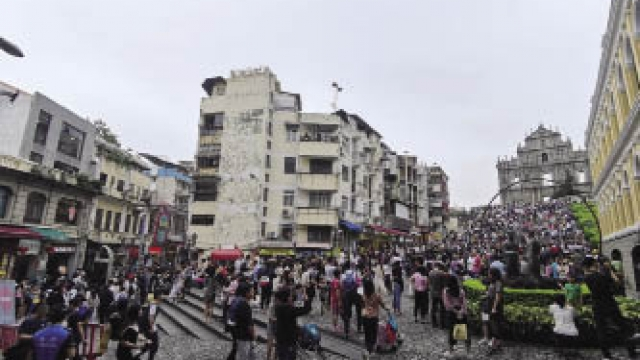 旅客過多影響居民生活 譚司:正研措施免迫爆