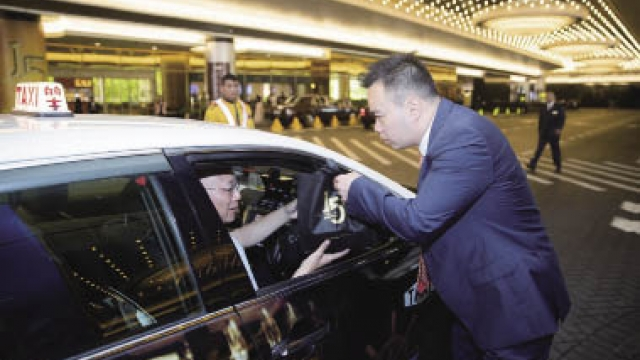 澳門金沙慶祝開業十五周年 向計程車司機送上窩心午餐