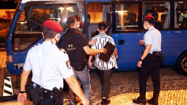 警方上月雷霆拘逾百人_涉九十七案檢毒一公斤