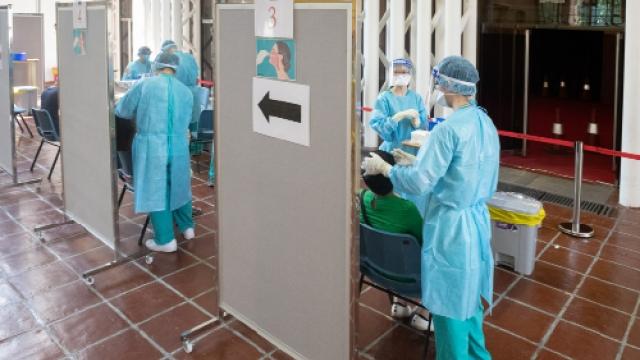 咬斷檢測棒非醫療事故_衛局維持兩種採樣方式