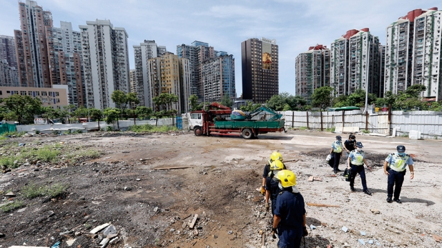氹仔一批地宣告失效_政府採清遷行動收回
