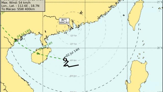 澳改掛三號風球 藍色風暴潮生效
