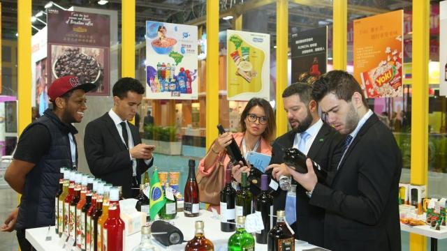 葡語國產品服務展 逾兩百五企業參與