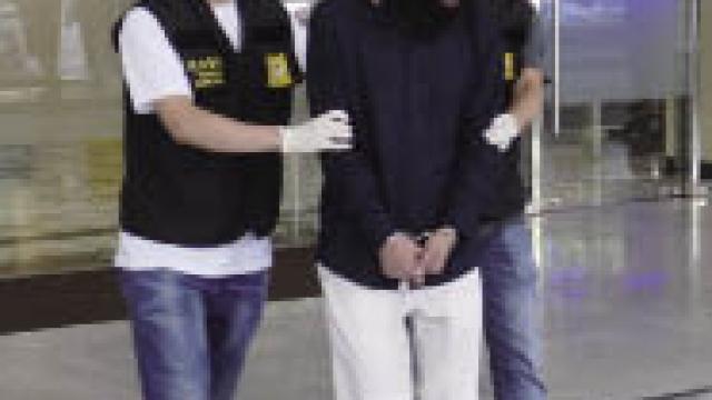 連環爆竊三唐樓單位 警拘兩涉案男一在逃