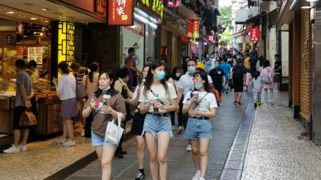日均訪澳旅客約兩萬_旅局料維持一段時間