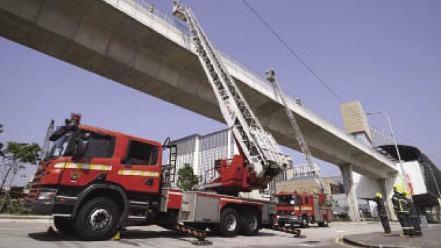 輕軌車站事故演習 測試消防應變能力