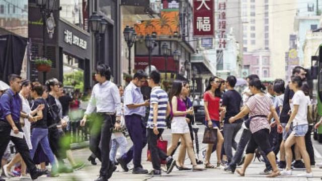 政府明年施政報告 續推民生長效機制