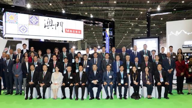 澳百企業家赴滬 參加國際進博會