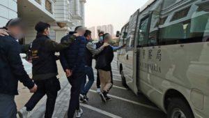 警巡路氹區反罪惡 五十一人被帶返查
