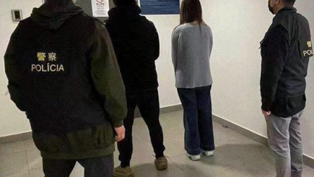 女子求診如廁拾遺不報_偷手機丈夫接贓齊被捕