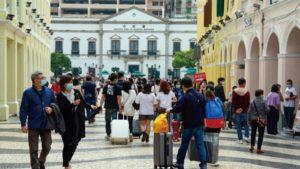 旅客量持續回升日均二萬七人次