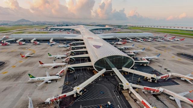 深圳機場疑變種病傳播 曾逗留者離開十四天內 須核檢五次否則轉「紅碼」