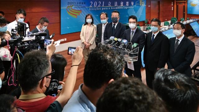 24提名委員會獲確認_四十二選民涉重複簽名_交治安警跟進調查因由