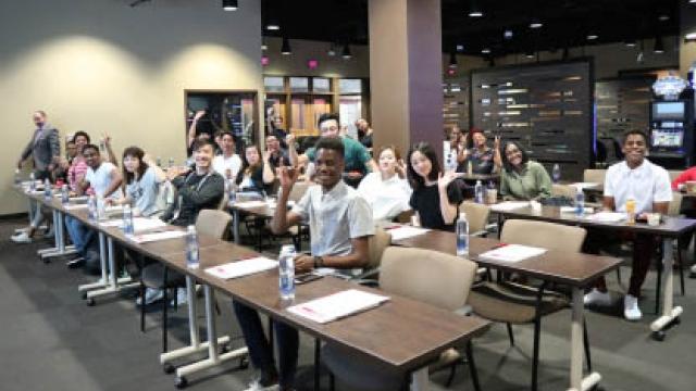 理工博彩管理學生 卅人赴美交流學習