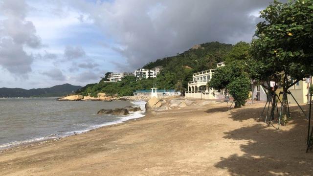 竹灣灘颱風後經清理 垃圾量回復日常水平
