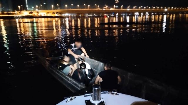 海關連破兩偷渡案 拘捕十名內地男女